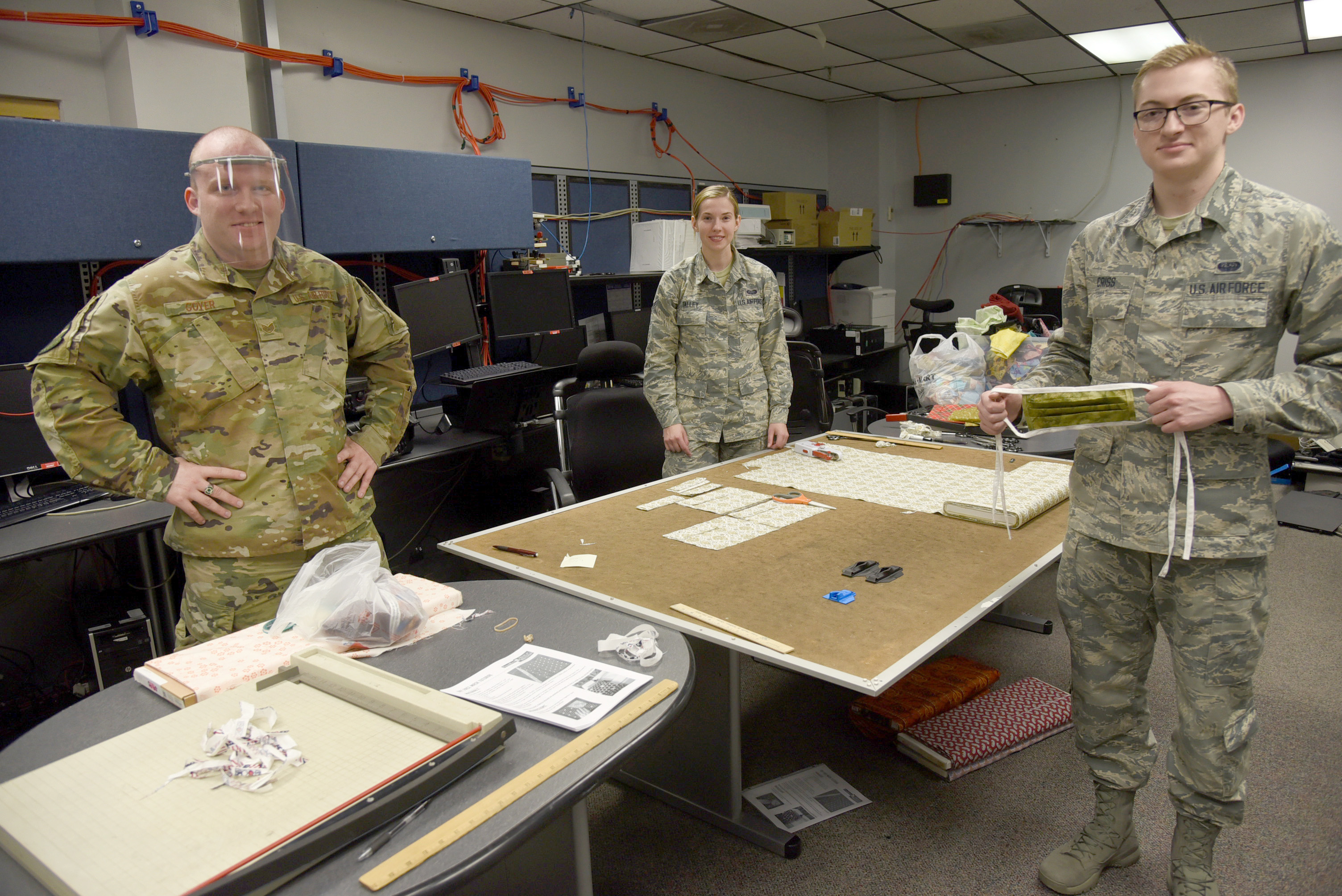 552nd Air Control Networks Squadron gives back during COVID-19